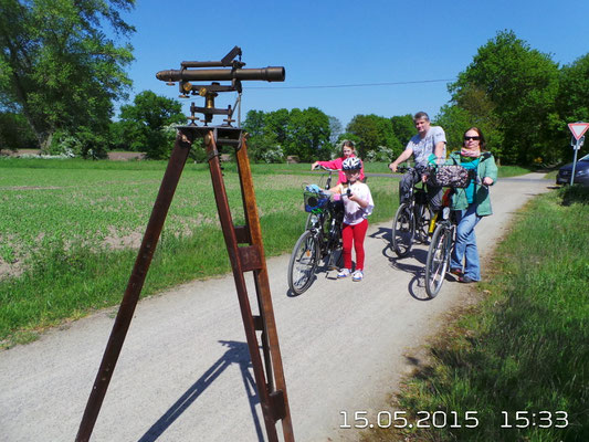Familie Hüls-Nowara aus Bocholt auf dem gepl. Geometerpfad
