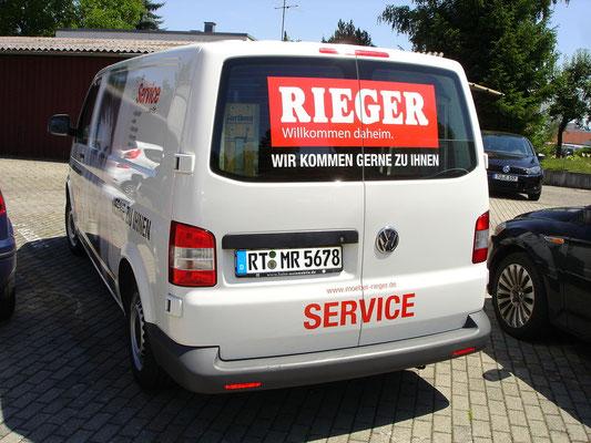 Folienbeschriftung auf Fahrzeug