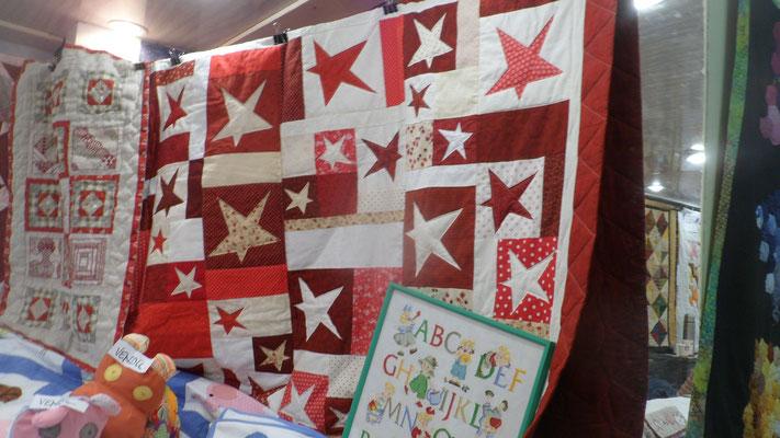Etoiles rouge et blanc - 70 ans d'Arlette
