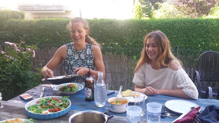 Bandfrühstück mit Sandy und Carla