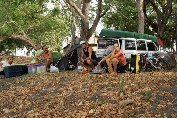 Wild-camping with Sam and Harry from France at Punta Jesus Maria.