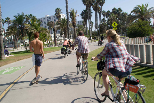 Riding along the beach bike path through LA.