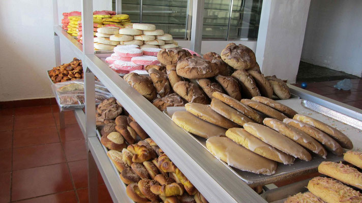 "We like the mexican bakery:""Panaderia"""