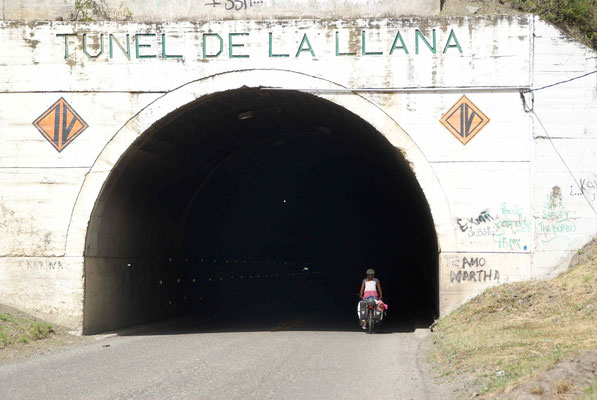 On the way to Pasto there are some small tunnels. Not more than 200 meters long.