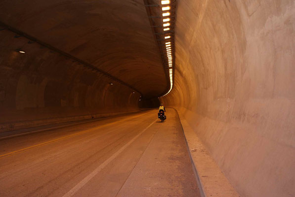We left the old road for the new MEX 40d just after Santa Lucia. A lot of tunnels.