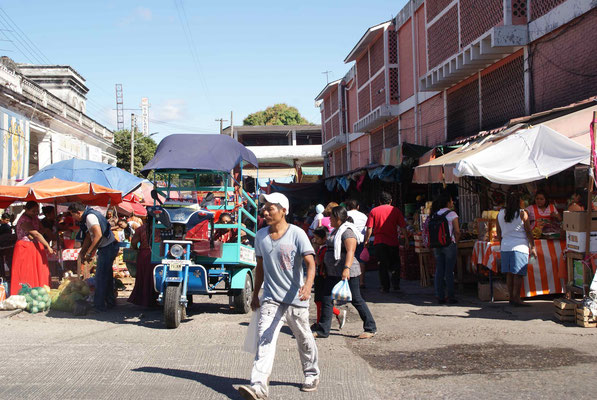 The market of Tehuantepec.