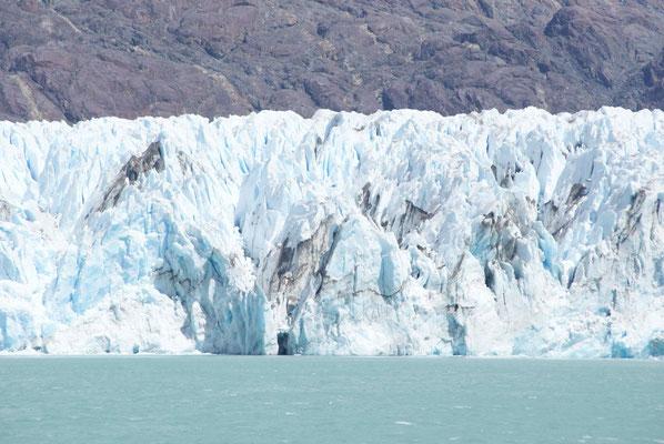 Massive O'Higgins Glacier.