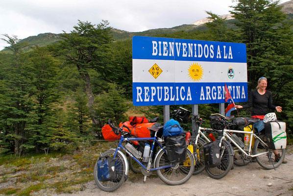 Border crossing - Bienvenidos a la Republica Argentina!