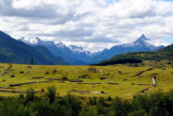 The landscape before Coyhaique.