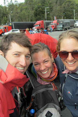 At the border to Ecuador we met Stephanie from Switzerland. Happy to meet some Swiss people :-)