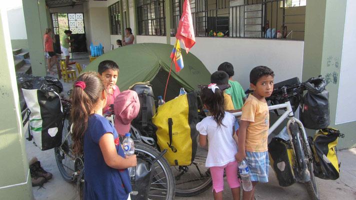 In the little kindergarden, Cruce de Chumba.