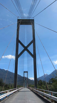 Nice bridge juste before Lago Yelcho.