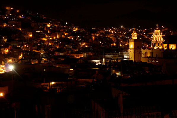 Guanajuato at night.
