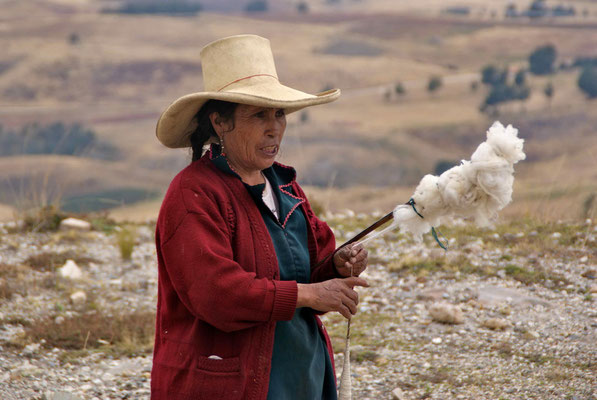 We had a little talk with Maria. She lives in the mountains at about 3500 meters and works as a shepherd.