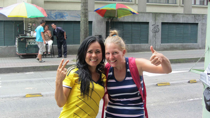 Viva Colombia! With Paty in Pereira. Colombia: Costa Marfil 2:1