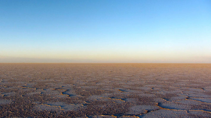 Since a long time we were excited to ride the Salars Coipasa and Uyuni.
