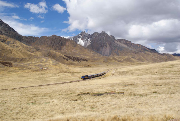 Tourist train from Puno to Cusco