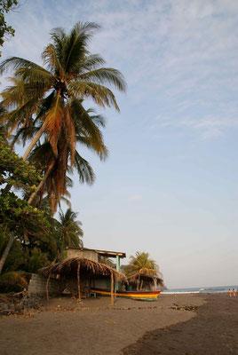 Beach El Zonte, Costa del Balsamo.