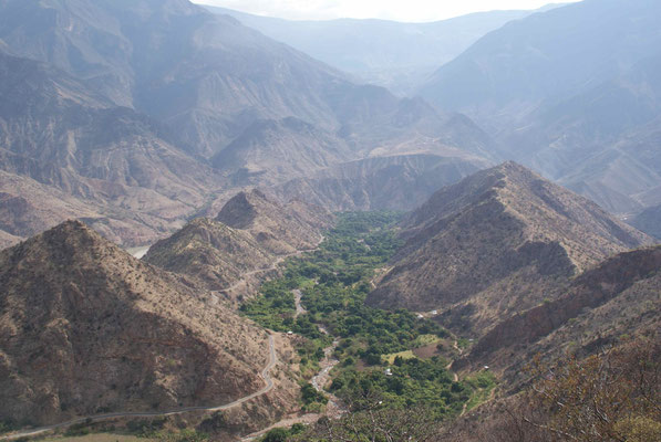 ... to Balsas, little village close to the Marañón river, at about 860m above sea level.