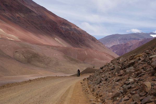 """Going up to """"Paso Agua Negra""""."""