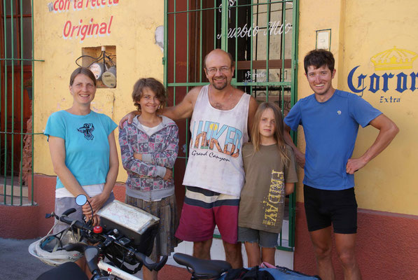 We met a Canadian family in Tehuantepec.