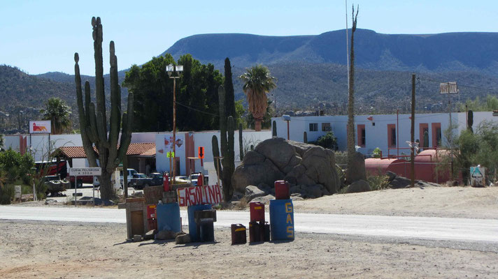 Gas station in Cataviña