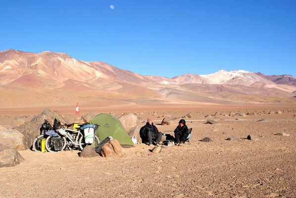 Camp at the foot of Volcan Licancabur