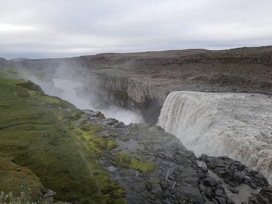 Dettifoss, der grösste Wasserfalls Europas. Aber nicht der Schönste...