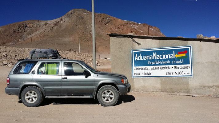 Grenzübergang Hito Cajon nach Bolivien: man beachte die Höhenmeter