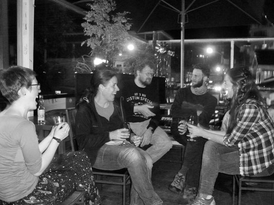 Navimag-After-Party mit unseren deutschen Freunden
