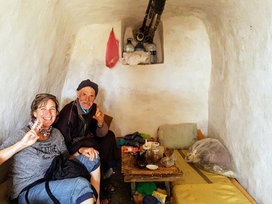 Wir besuchen Ahmet den Fischer in seiner Grotte