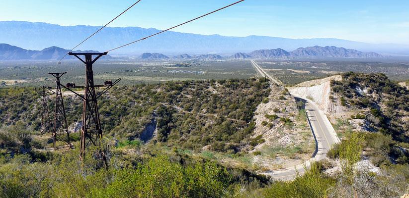Die Estacion 2 der Materialseilbahn Chilecito - Mina La Mejicana...