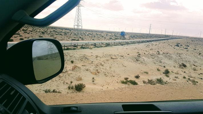 Auch mitten in der Wüste. Das längste Förderband der Welt ist über 100 km lang.
