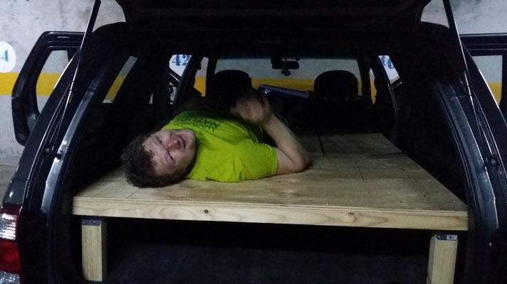 Ist doch bequem... brauchen wir wirklich eine Matratze?