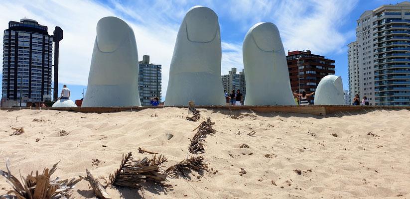 Die berühmten Finger in Punta del Este