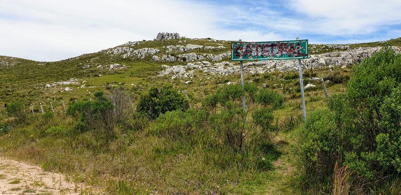 ...zum höchsten 'Berg', dem Cerro Catedral (513 M.ü.M.)