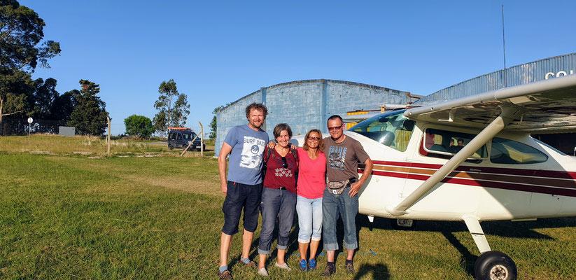 Susanne & Ruedi haben uns einen Rundflug mit der Chesna über Colonia organisier... Wäutklass!