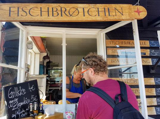lecker Fisch am alten Hafen in Flensburg