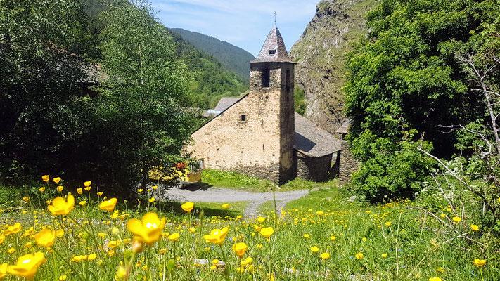 Tor, das letzte Dorf in Spanien bevor es über den Schmugglerpfad nach Andorra geht