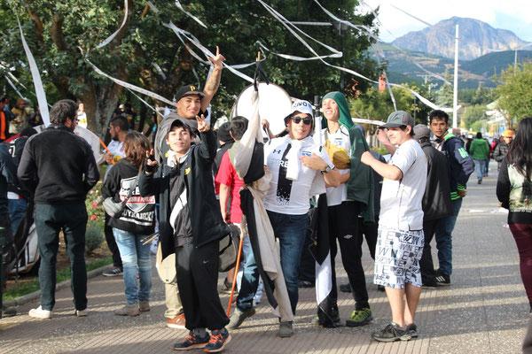 Hooligans nach einem Fussballmatch in Chile.