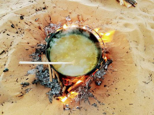Lecker Risotto vom Feuer