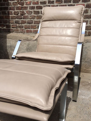 Herman Miller's Klassiker unter den einzelnen Sesseln.