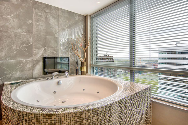 Whirlpool Bad Onderhoud : Whirlpools en baden total wellness company