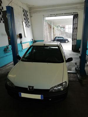 Remplacement kit distribution/pompe à eau/courroie accessoire + silencieux - Peugeot 106