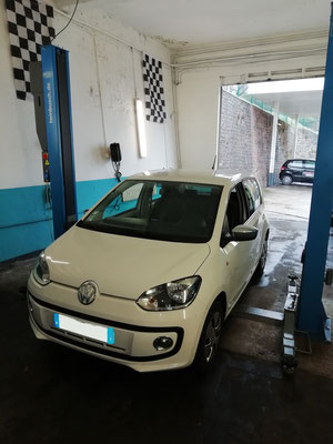 Remplacement Disques/Plaquettes AV - Volkswagen Up!