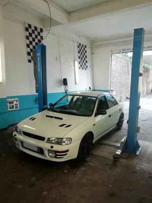 Remplacement kit distribution/pompe à eau/courroie accessoire + tube échappement + durite d'eau - Subaru Impreza