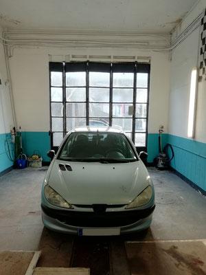 Entretien complet + remplacement moteur et bras d'essuie glace ar + 4 pneus + disques et plaquettes av - Peugeot 206