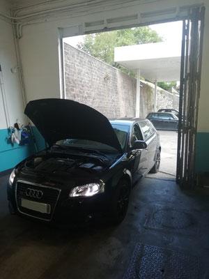 Entretien complet (filtre à huile/air/habitacle/carburant + vidange) + kit distribution/pompe à eau/courroie accessoire + vidange huile de pont AR + 4 montages/équilibrages - Audi A3