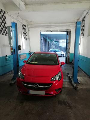 """Pneus neige """"Vredestein"""" - Opel Corsa"""