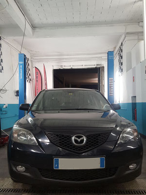 Remplacement batterie - Mazda 3